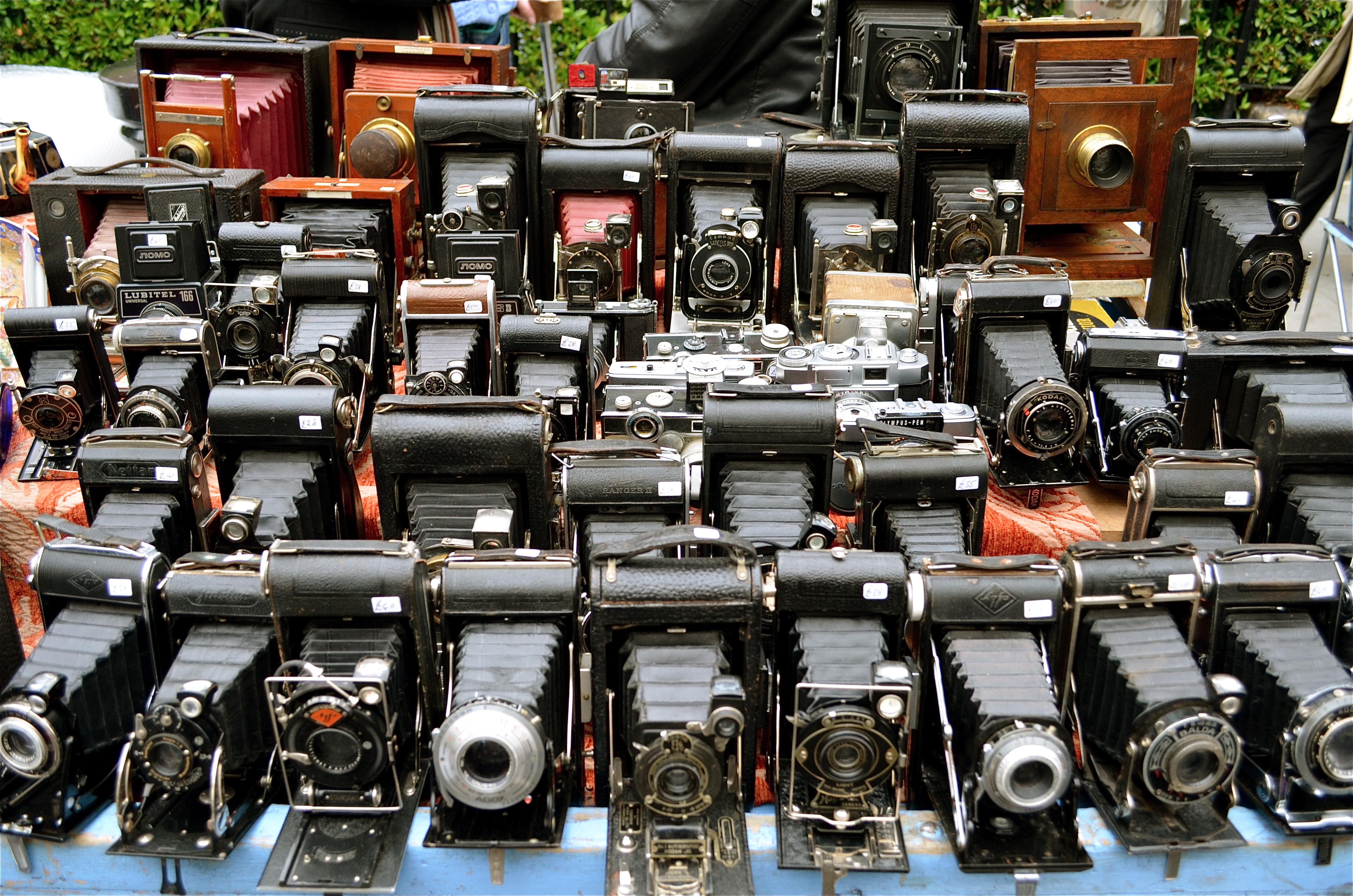 Street markets in london portobello road amp camden lock